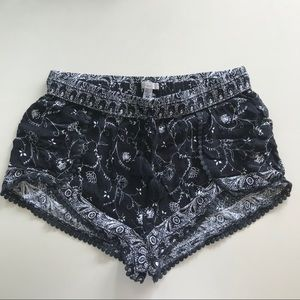 Urban outfitters festival shorts